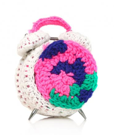 CROCHETED OBJECT - CLOCK