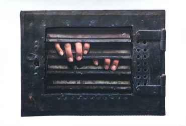 The Prisoner: Monica Grate (2 Hands)