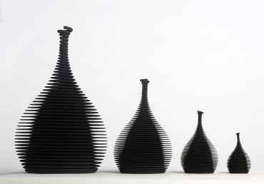4 Black Objects