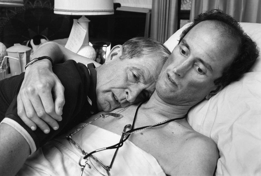 004 Nicholas Nixon - Dr. Robert Sappenfield with his son Bob, Dorchester, 1988