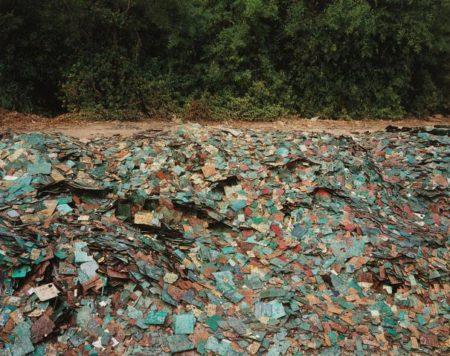 Edward Burtynsky-China Recycling #9, Circuit Boards, Guiyu, Guandong Province, China-2004