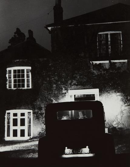 Bill Brandt-Coming Home-1930