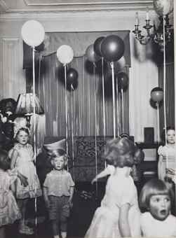 Bill Brandt-Kensington Children's Party-1934