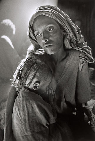 Sebastiao Salgado-Children's Ward in the Korem Refugee Camp, Ethiopia-1984