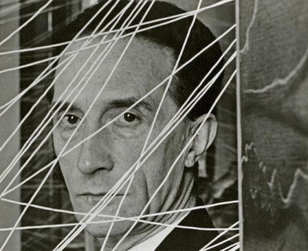 Arnold Newman-Marcel Duchamp-1942
