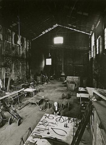 Ugo Mulas-David Smith in his Voltri Studio-1962