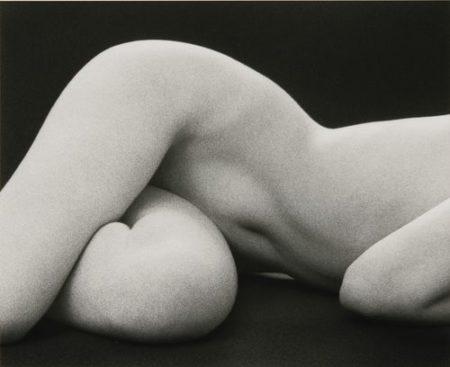 Ruth Bernhard-Hips Horizontal-1975