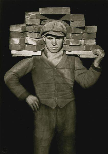 August Sander-Handlanger-1927