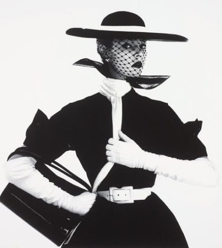 Irving Penn-Black And White Fashion (With Handbag) (Jean Patchett), New York-1950