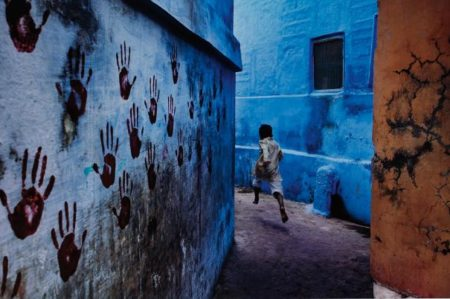 Steve McCurry-Boy In Mid-Flight, Jodhpur, India-2007