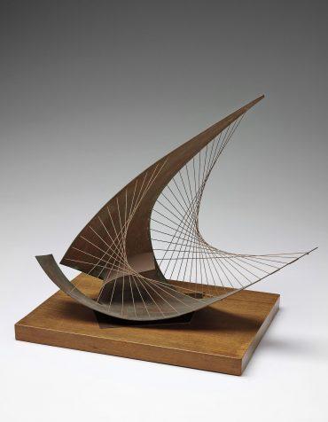 Barbara Hepworth-Stringed Figure (Curlew) (Version I)-1956