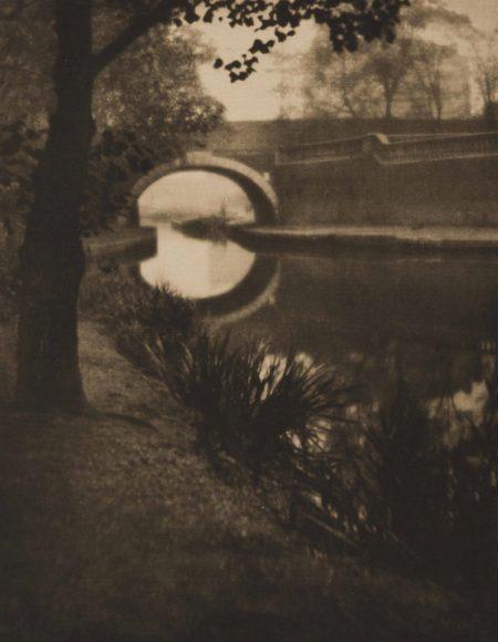 Alvin Langdon Coburn-Paddington Canal-1909