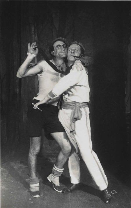 August Sander-Lumpenball-1920