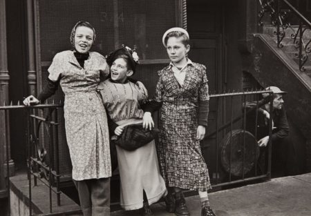 Helen Levitt-New York (Three Girls Play Dress Up)-1940