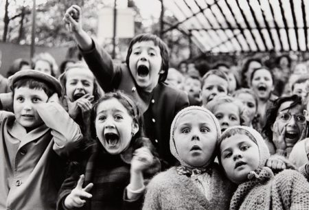 Alfred Eisenstaedt-Children At A Puppet Theatre, Paris-1963
