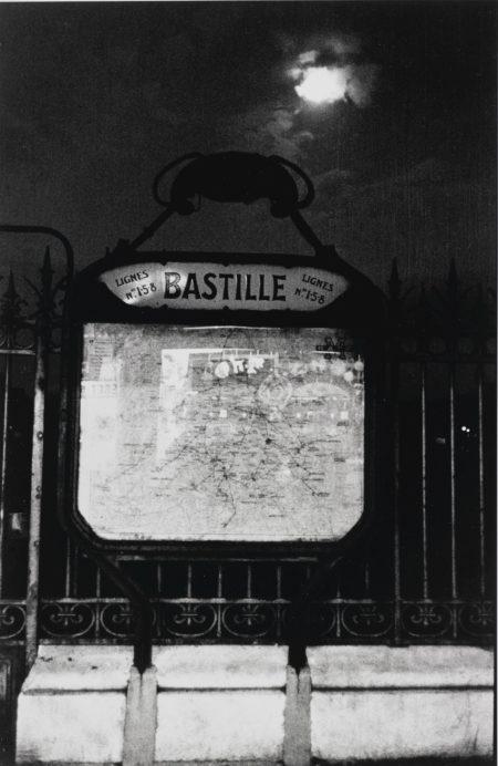 Robert Frank-Paris (Bastille Metro)-1950