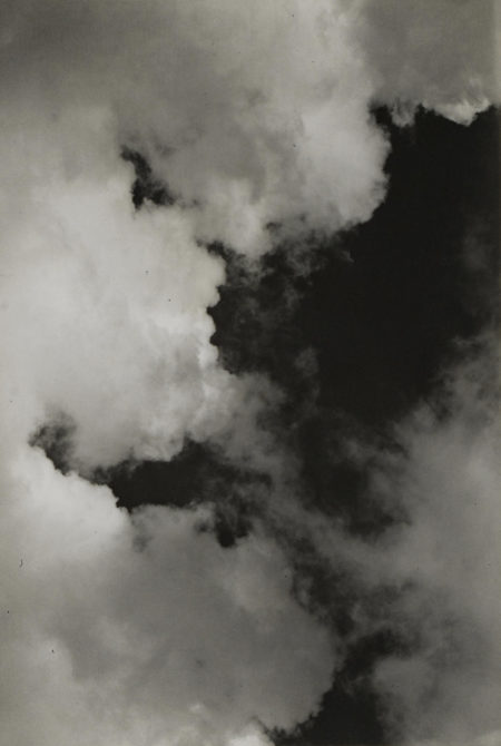 Imogen Cunningham-Cloud/Neg. No. 16-1939