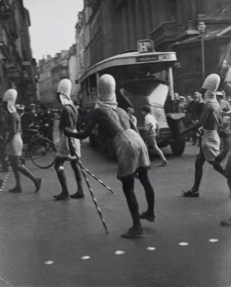 Brassai-Parade-1932