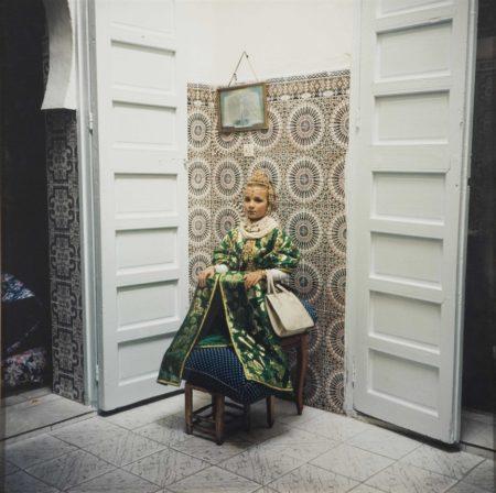 Yto Barrada-Fille au tabouret, Casablanca-2000