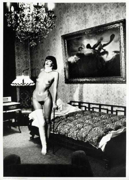 After Helmut Newton - Jenny Kapitan, Pension Dorian, Berlin-1977