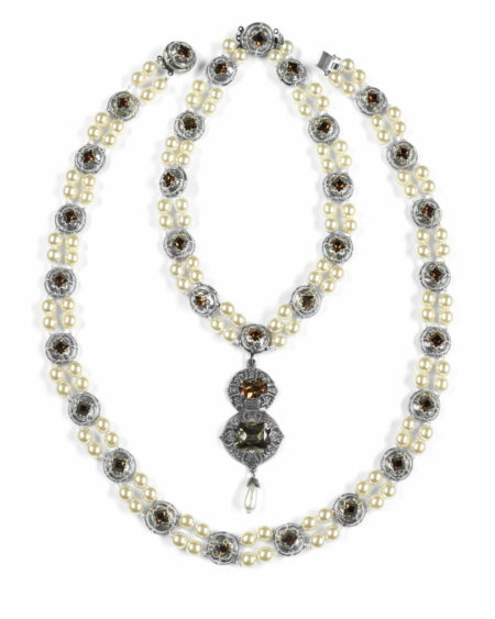The Necklace of Jane Seymour-2000
