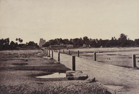 Captin Linnaeus Tripe-The Causeway Across Vaigai River, Madura-1858