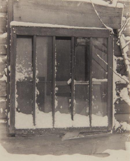 Alfred Stieglitz-Window: Wood, Glass, Snow-1923