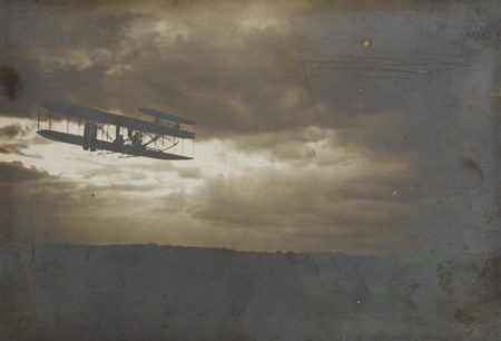 Unknown Photographer - Wilbur Wright in Flight-1909