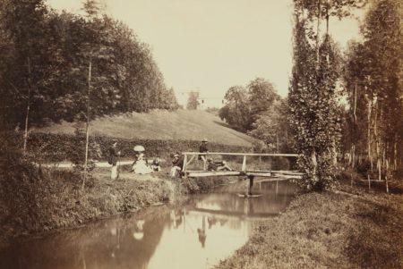 Edouard Baldus-Groupe dans le parc du Chateau de la Faloise-1857