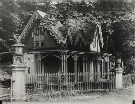 Walker Evans-Gothic Gate Cottage, Poughkeepsie, New York-1931
