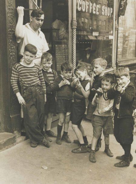 Helen Levitt-N.Y.-1937