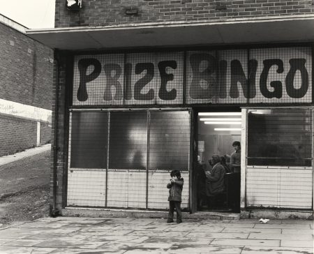 Chris Killip-Bingo, West-End, Newcastle-1975
