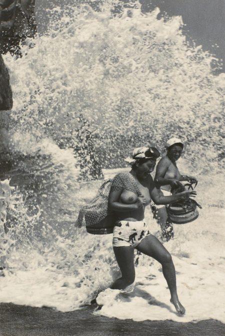 Yoshiyuki Iwase - Thundering Sea Spray-1948