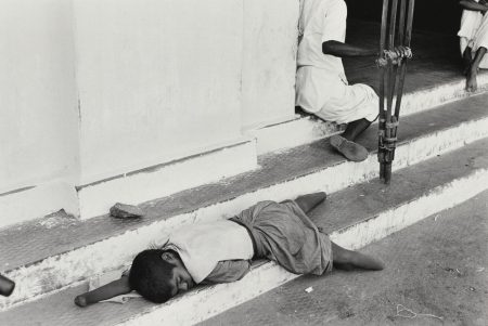Henri Cartier-Bresson-Beggars, Kerala, India-1966