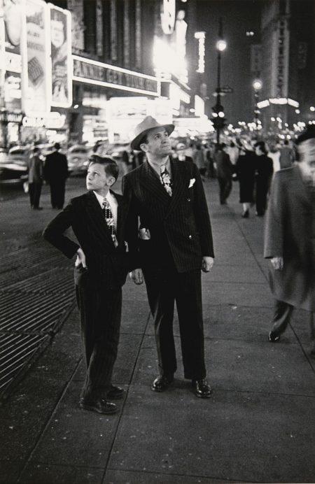Louis Faurer-Times Square, N.Y.C.-1947