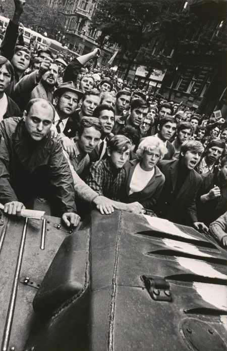 Josef Koudelka-Prague-1968