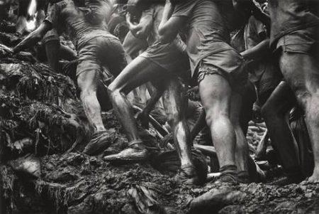 Brasil (Serra Pelada Gold Mine) / Climbing up-1986