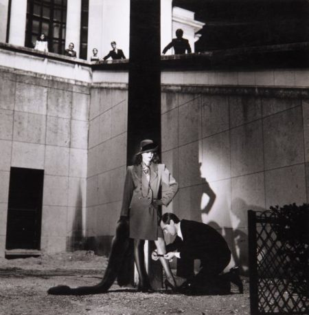 Helmut Newton-Mode, Yves Saint-Laurent, Vogue, Musee d'Art Moderne, Paris-1981