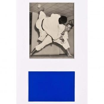 Yves Klein-Yves Klein pratiquant une prise de Judo-1954