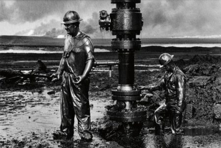 Sebastiao Salgado-Kuwait Series, Greater Burhan Oil Field (Capping Well Head)-1991