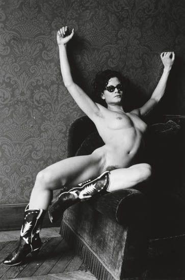Helmut Newton-Lisa Lyon (1980)-1981