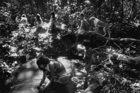 Sebastiao Salgado-Indiens Marubos de Maronal, Etat d Amazonas, Bresil-1998