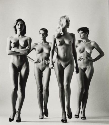 Helmut Newton-Sie Kommen (Naked), Paris-1981