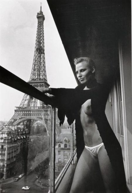 Helmut Newton-Hilton Hotel, Paris (1976)-1976