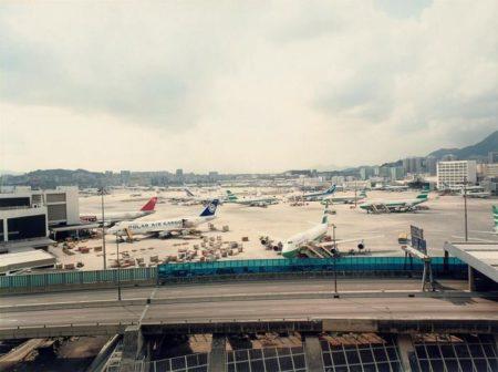 Andreas Gursky-Hong Kong Airport-1994
