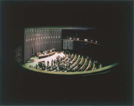 Andreas Gursky-Brasilia Plenarsaal II-1994