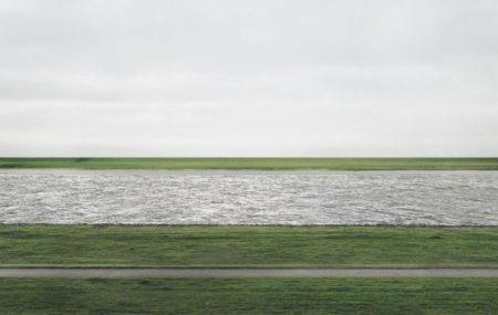 Andreas Gursky-Rhein II-1999