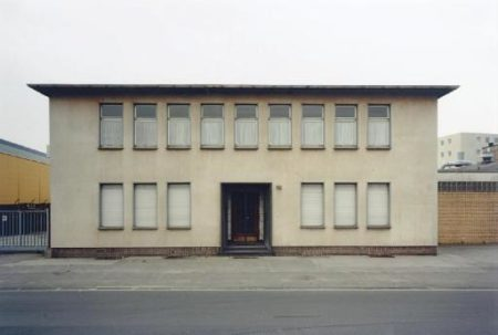 Thomas Ruff-Haus No.12 III A-1989