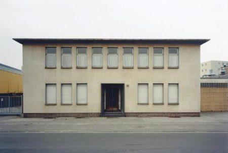 Thomas Ruff-Haus No.12 III A-1989