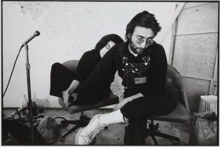 Annie Leibovitz-John and Yoko-1970